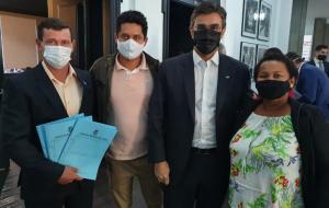 Vereadores e prefeito de Trabiju buscam recursos junto ao governo estadual