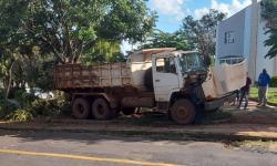 VÍDEO flagra caminhão desgovernado que matou motorista em Araraquara