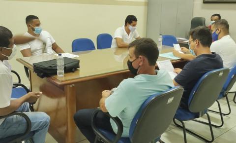 Prefeito e vereadores de Trabiju discutem medidas de prevenção ao coronavírus