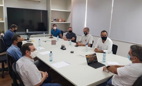 Manoel e André se reúnem com Flávio Maluf e conseguem benefício da PremieRpet
