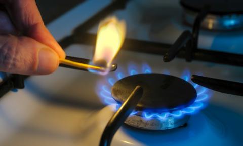 A partir de hoje (6), preço do gás de cozinha fica 6% mais caro