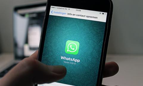Homem recebe ligação falsa e tem WhatsApp clonado