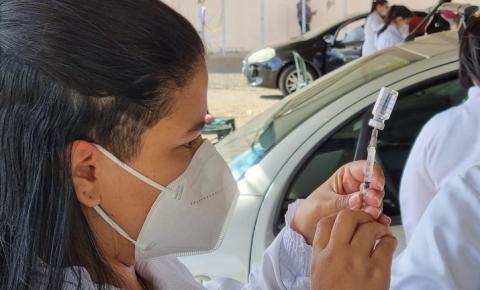 Confira quem pode se imunizar contra a Covid-19 nesta sexta-feira (23)