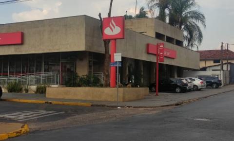 Santander de Boa Esperança do Sul arrecada fraldas para fazer doações na cidade