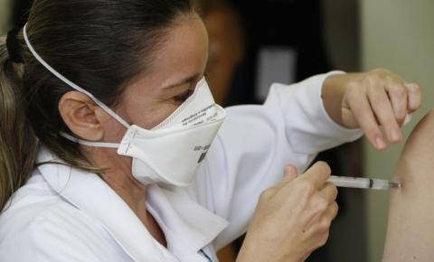 Araraquara recebe quase 4 mil doses da vacina AstraZeneca