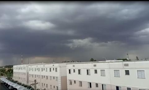 IPMET faz alerta para tempestade com granizo em Araraquara